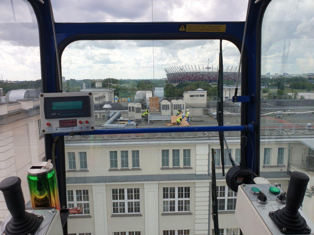 Żuraw wieżowy mobilny - kabina